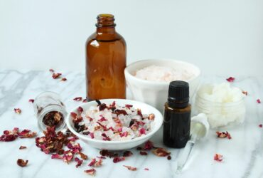 floral-bath-salt-objects-HUKT9TS