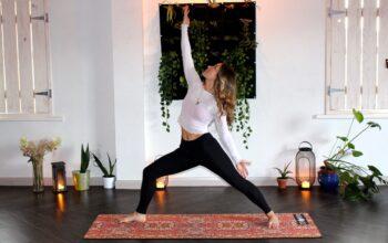 zen-bear-yoga-IVf7hm88zxY-unsplash